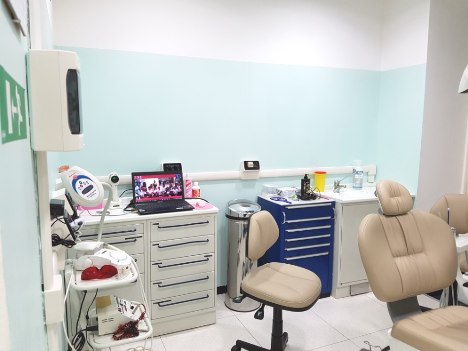 Studio dentista 1 bis